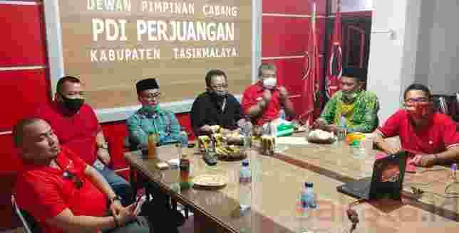 Ketua DPR PDIP Kab. Tasikmalaya Ade Sugianto siap maju di Pilbup Tasikmalaya 2020 sebagai calon petahana.